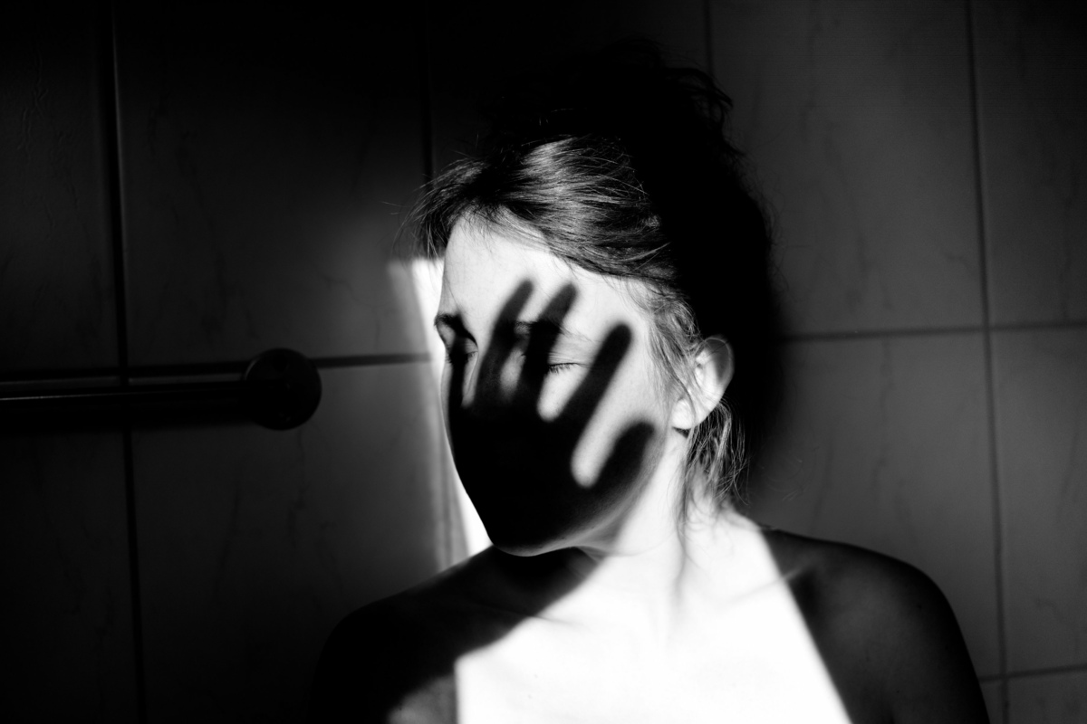 Alter Mann Missbrauch Junges Mädchen
