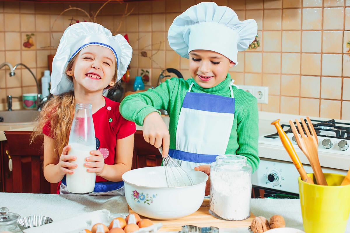 Für viele Kinder ist es ein Highlight in der Weihnachtszeit: Das Backen.