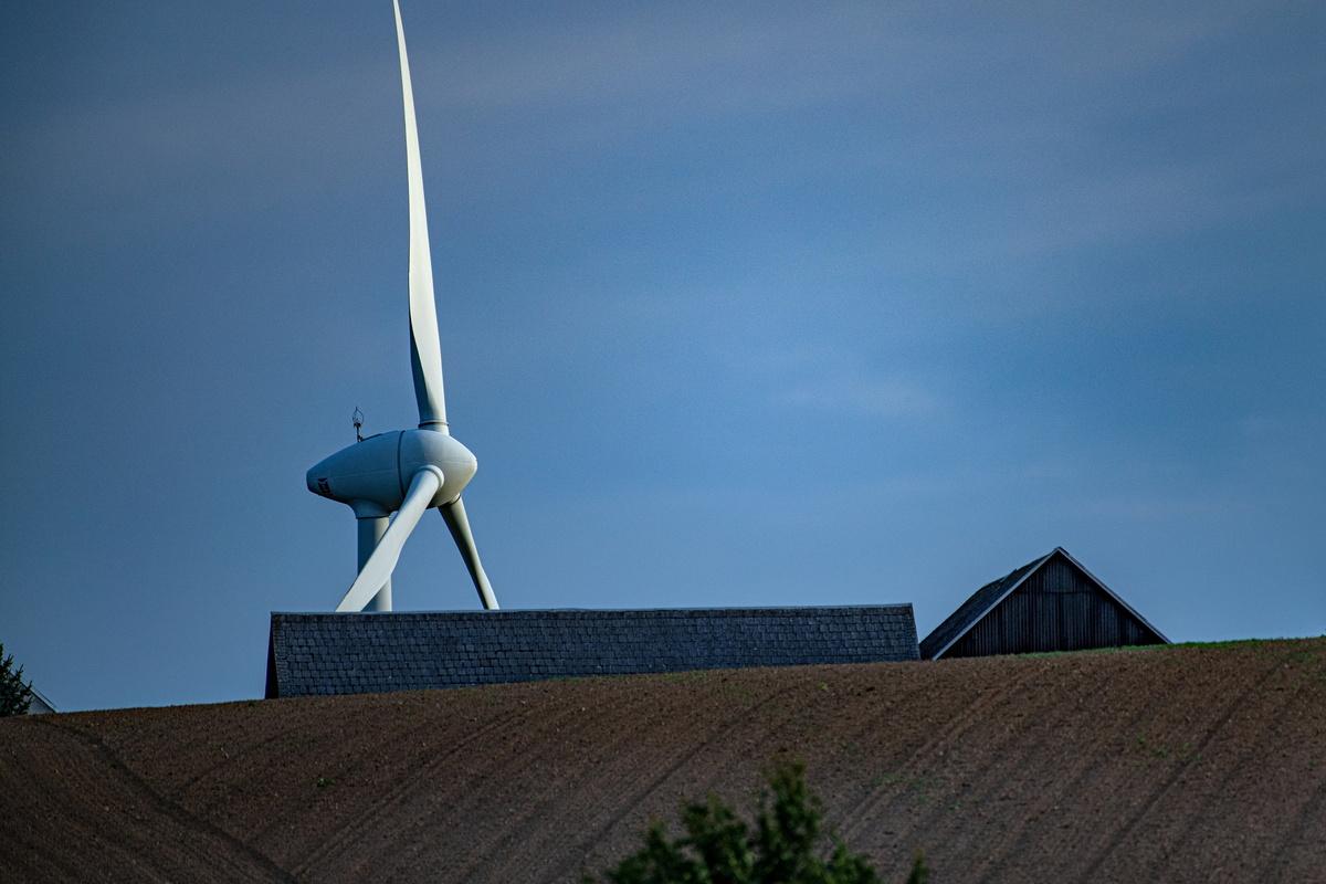 Sachsens Minister im Streit über Windkraft