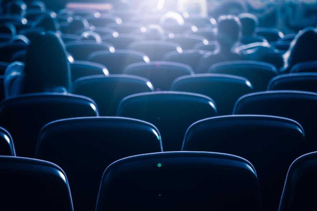 Wenn nur 35 von 240 Sitzplätzen genutzt werden können, ist eine Wiedereröffnung der Herkuleskeule nicht möglich. Aber die Kabarettisten haben eine Idee.