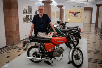 DDR-Mopeds in der Kunstausstellung