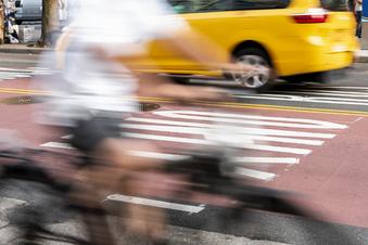 Fahrräder überholen: Wie viel Abstand muss sein?