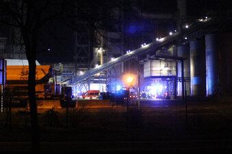 Verpuffung löst Feuer bei Kronospan aus
