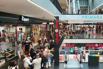 Testpflicht-Aus: Ansturm auf Dresdens Einkaufszentren