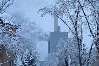 Kalte Nacht nach Brand in Kraftwerk