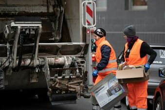 Arbeiter stirbt in Müllpresse