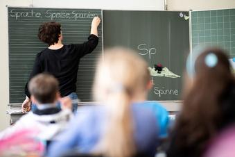Sachsen stellt tausend neue Lehrer ein