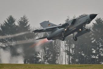 Düst da ein Kampfjet über Herrnhut?