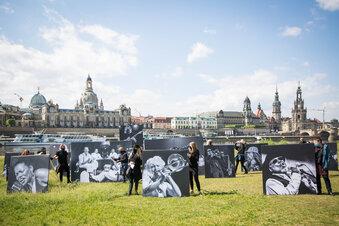 Künstler demonstrieren für Corona-Hilfe