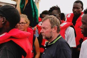 "EU nimmt ""Eleonore""-Migranten auf"