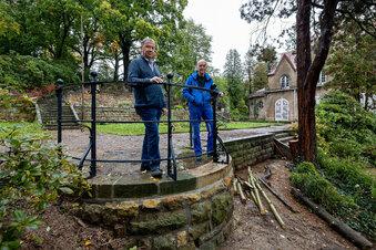 Verfallene Bastion im Schlosspark gerettet