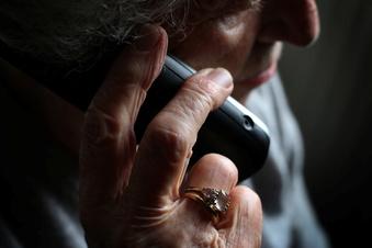 Telefonbetrüger fordern 92.000 Euro