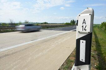 Zeugen nach Unfall auf A14 gesucht