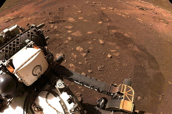 Nasa-Rover fährt erstmals über Mars
