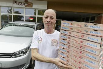 Er lernte das Pizzabacken in Bologna