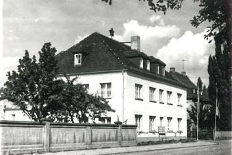 Vom Verwaltungsgebäude zum Megah: Geschichten eines Heidenauer Hauses
