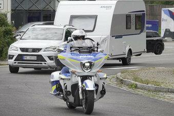 Polizei zieht Wohnwagen auf A4 aus dem Verkehr