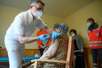 Corona: Vorerst keine neuen Impftermine in Sachsen