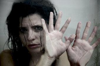 Missbrauch: Wie Opfer alleine gelassen werden