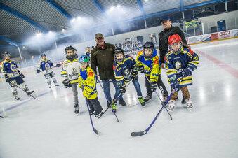 Eishockey-Bus braucht noch Unterstützer