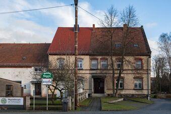 Mäzenin kauft weiteren Teil des Schlosshofs