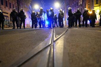 Attacken auf Leipziger Polizeiposten