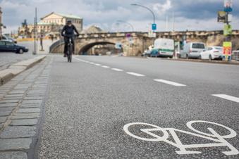 Dresden: Neuer Radweg am Terrassenufer