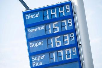 Teures Benzin kann sozial sein
