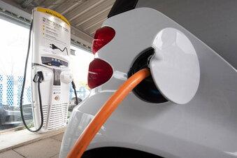 Bis 2030 fehlen 400.000 E-Auto-Ladepunkte
