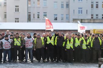 Banken stellen sich auf Streik von Geldlieferanten ein