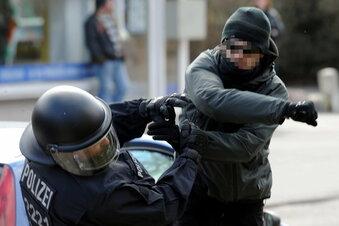 Woher rührt die Aggressivität gegen Polizisten?