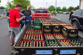 """""""Ostritzer kaufen Nazis das Bier weg"""""""