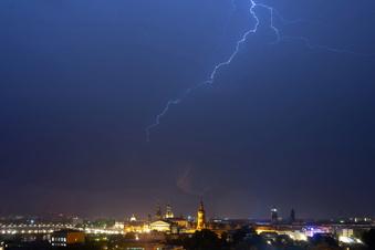 Gewitter mit viel Regen - das kommt auf Dresden zu
