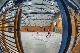 Schulsporthallen für Vereine offen