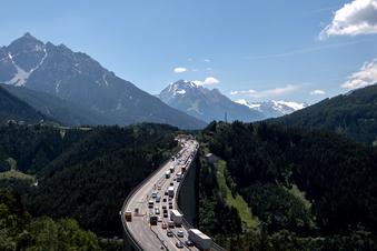 Tirol zwingt Urlauber auf Mautstraßen