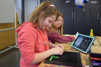 Schüler lernen Smartphone anders kennen