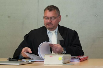 Der Dresdner Anwalt, der Stephan E. vertritt