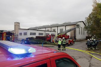 Gasbrenner sorgt für Dachbrand in Pirna