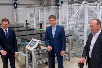 Meyer Burger eröffnet Solarfabrik in Freiberg