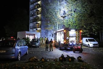 Dresden: Frau stirbt bei Feuer im Hochhaus