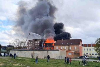 Das sind die Bilder vom Volkshaus-Brand
