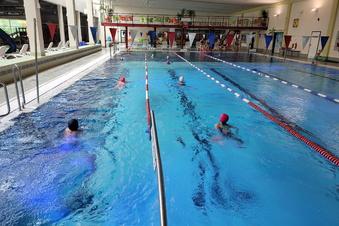 Gratis Schwimmstunde für Freitaler Schüler