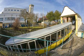 Wieder mehr Fahrgäste in Bus und Bahn