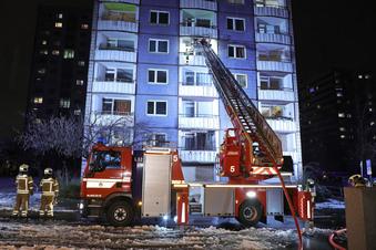 Dresden: Brand in Hochhaus-Wohnung