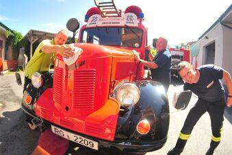 Politur für berühmte Atze-Feuerwehr