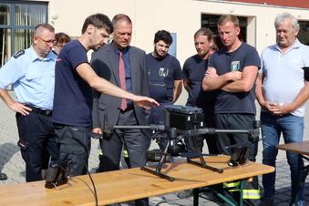 Glaubitzer Feuerwehr übernimmt Drohne