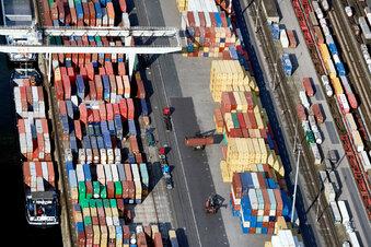 Beispielloser Einbruch deutscher Exporte