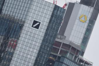 Deutsche Bank lotet Fusion mit Commerzbank aus