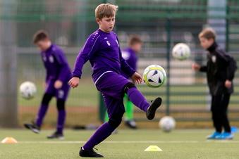 Fußballtraining im Landkreis SOE gestartet
