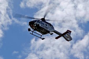 Mit Hubschrauber: Polizei sucht Autodiebe